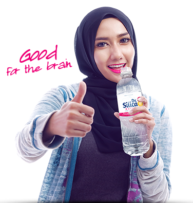 girl drink silica-png